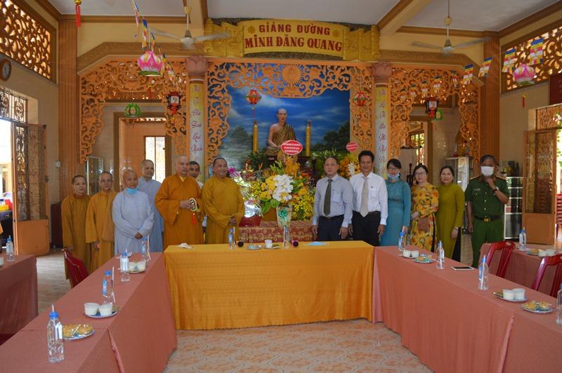 Lãnh đạo tỉnh – thành phố thăm, chúc mừng Phật đản Ban Trị sự GHPGVN TP Bà Rịa
